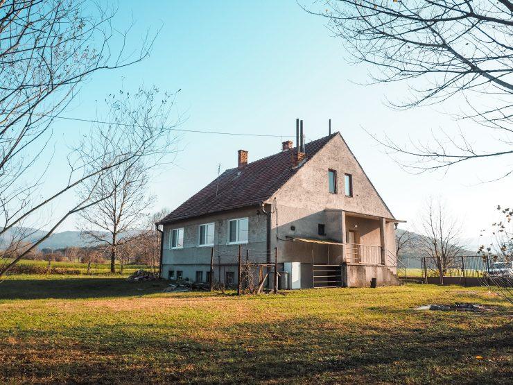 veľký rodinný dom, Plavecký Mikuláš – bývanie pod karpatmi