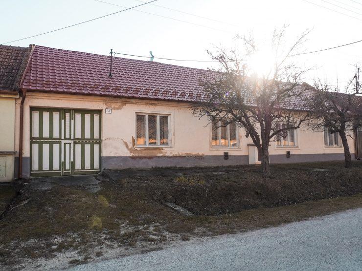 rodinný dom s pozemkom 917 m² – Dolné Dubové