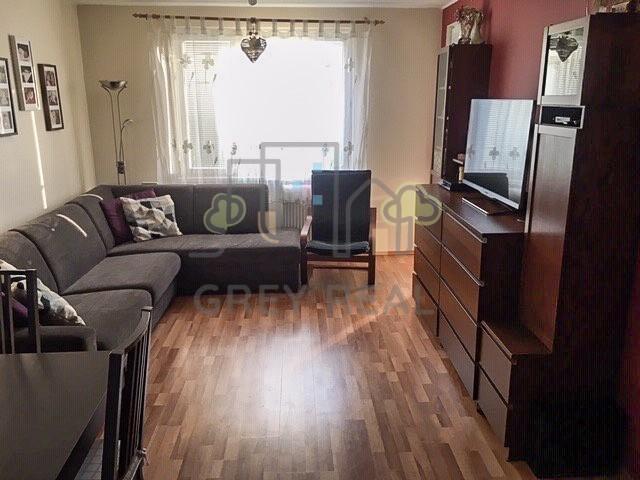kompletne zrekonštruovaný 3 izb. byt s loggiou a komorou – J. Slottu