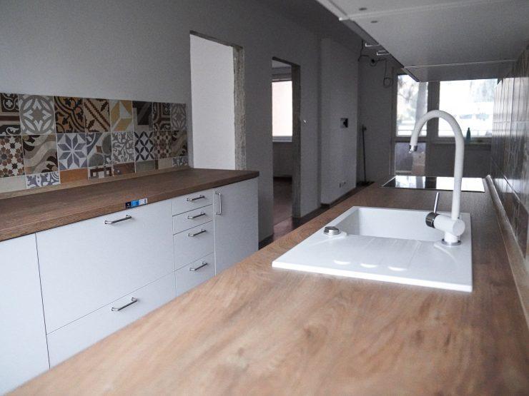 kompletne zrekonštruovaný 3 izbový byt, Golianova ul.